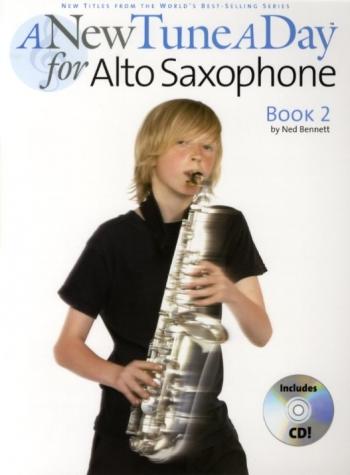 New Tune A Day Alto Sax Book 2: Book & Cd (bennett)