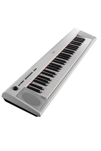 Yamaha NP-12 White Piaggero Portable Keyboard